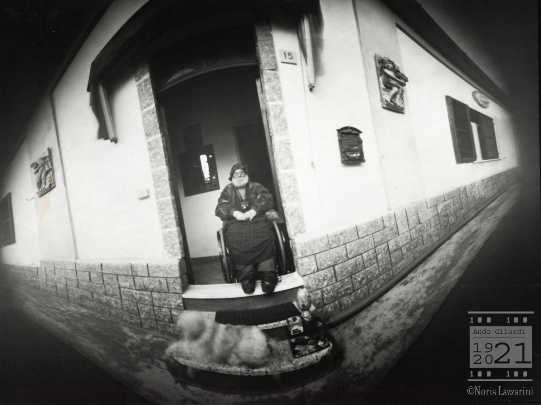 Ando Gilardi, fotografia stenopeica di Noris Lazzarini, Ponzone (AL) 2007